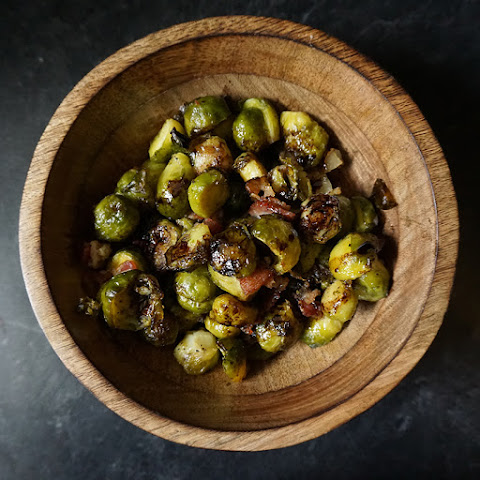Roasted Brussels Sprouts With Bacon And Balsamic Recipes | Yummly