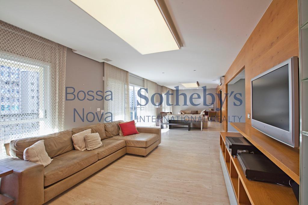 belíssimo apartamento, mobiliado e com ótima área de lazer