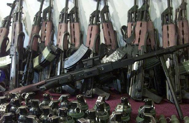 Ingresan ilegalmente a México 2 mil armas para abastecer a cárteles de drogas