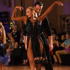 The Dance 106 by Mark Luftig - Sports & Fitness Other Sports (  )