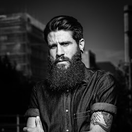 Said by Mischa Gerber - People Portraits of Men ( flash, black and white, 2015, barcelona, portrait )