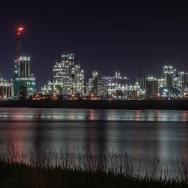 Antwerp by Nick Vanderperre - Buildings & Architecture Other Exteriors ( haven antwerpen, 2018, nachtfotografie )
