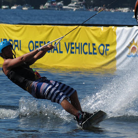 by Loreen Parkerson - Sports & Fitness Watersports