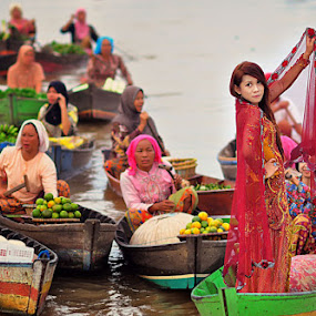 pasar n penampilan by Jeck Rija - People Portraits of Women