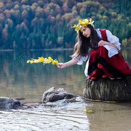 Miss Autumn by Diana Buzoianu - People Portraits of Women
