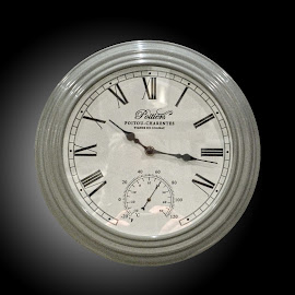 OLI clock 44 by Michael Moore - Artistic Objects Other Objects