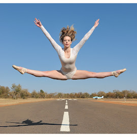 Flying SamGirl by Rob Vandongen - People Street & Candids