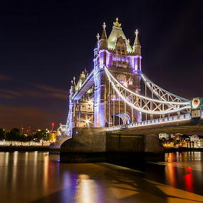 tower bridge by Emanuel Ribeiro - Buildings & Architecture Bridges & Suspended Structures ( water, uk, england, tower, thames, london, night, bridge, light, river )