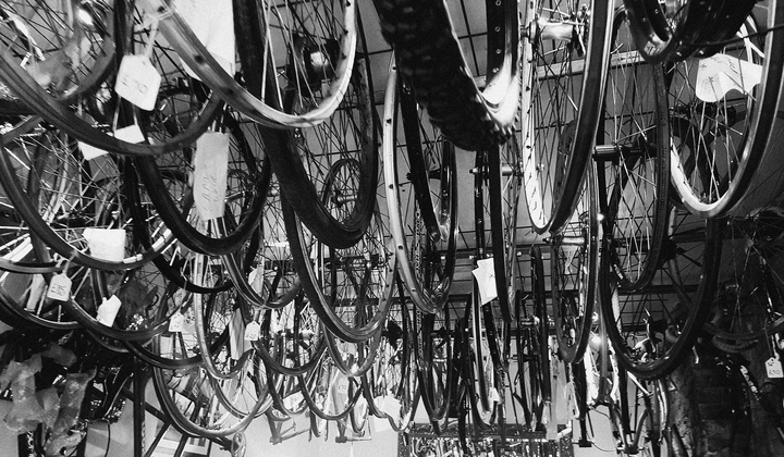 _fc__landscape_hanging_bikes_small___720