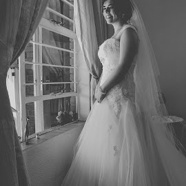 by Swan Photography - Wedding Bride (  )