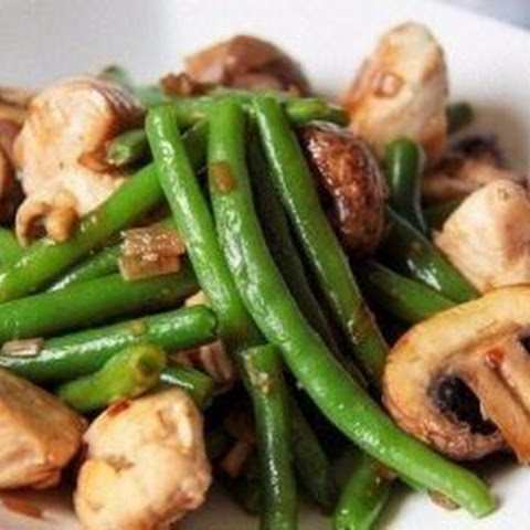 Green beans with mushrooms and chicken! diet foods (Recipe for weight loss).