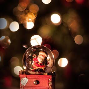 Santa by Giannis Paraschou - Public Holidays Christmas (  )