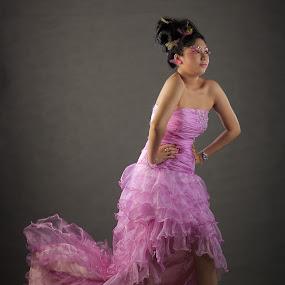 AMELIA by Ryan Alamanda - People Fashion