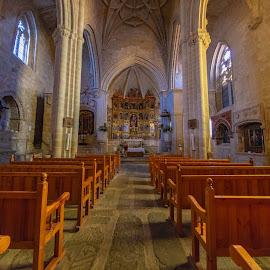 iglesia de Trujillo, Cáceres by Roberto Gonzalo - Buildings & Architecture Places of Worship ( trujillo, iglesia, church, cáceres )