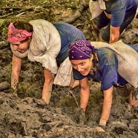 Havy, Muddy, Funny ! by Marco Bertamé - Sports & Fitness Other Sports ( muddy, havy, ladies, mud, on all fours, améville, funny, lady, the mud day, crawling, tweo, hard )
