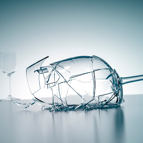 broken wine glass by Markus Gann - Digital Art Things ( change, drop, yellow, party, mug, macro, cold, drink, pour, dark, black, wine, fruit, vine, white, damage, pointed, shape, health, arrangement, beverage, alcohol, concept, unique, harm, pair, crush, line, goblet, life, ice, glass, transparent, closeup, water, dish-ware, sharp, crisp, green, broken, two, new, hurt, remain, blue, freeze, background, fall, injury, design )