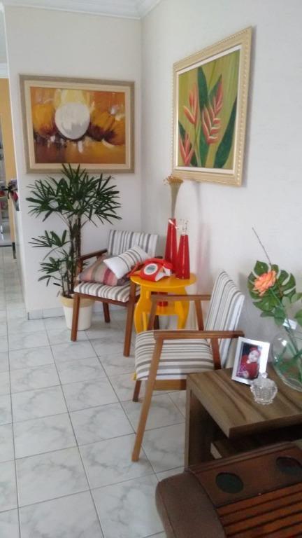 Casa com 3 dormitórios à venda, 180 m² por R$ 636.000 - Vila Valença - São Vicente/SP