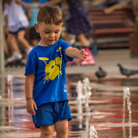 A day in the park 2 by Ovidiu Sova - Babies & Children Children Candids ( playing, child, water fountain, colorful, curiosity, childhood, boy )