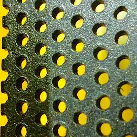 Bright background by Eirin Hansen - Abstract Patterns