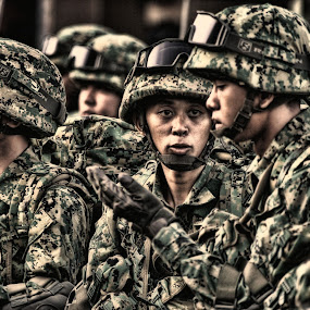 Fight for Nation by Muhammad Muqri - People Street & Candids ( soldier, moment, street, pray, candid, people, war )