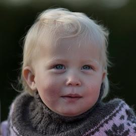 Lua  by Kim  Schou - Babies & Children Child Portraits ( girl, denmark, lua, nakskov, portrait )