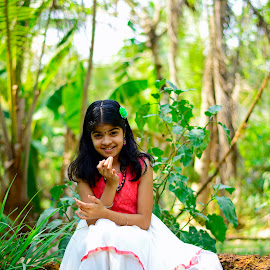 Little Angel... by Abhiraj Krishna - Babies & Children Children Candids ( love, princess, red, girl, sharp, white, little, beauty )