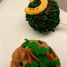 by Barbara Boyte - Food & Drink Candy & Dessert