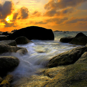Deburan Penyusuk by Endy Wiratama - Landscapes Waterscapes