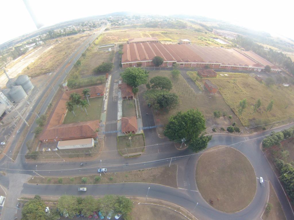 Galpão à venda, 45000 m² por R$ 40.000.000 - Distrito Industrial I - Uberaba/MG