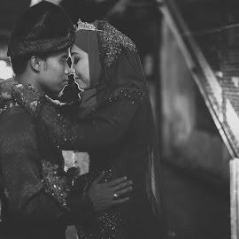 by Ahmad Nidzam - Black & White Portraits & People