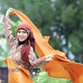 by Harisma Yusuf - People Fashion