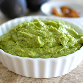 Avocado Dip with Roasted Garlic and Basil