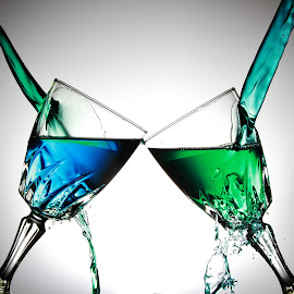 Glasses, green and blue by Peter Salmon - Artistic Objects Glass