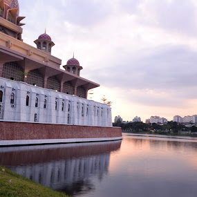 Putra and Landscape by Hazmi Anas - Novices Only Landscapes ( putrajaya, malaysia )
