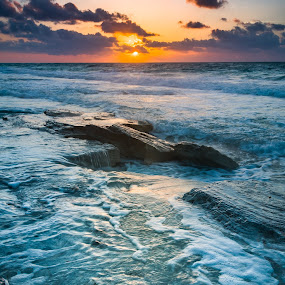 Sunrise on Cayo Largo, Cuba by Éric Senterre - Landscapes Waterscapes ( hdr, soleil, cayo largo, sunrise, lever, sun, olé playa blanca, cuba )
