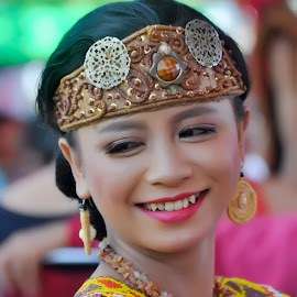 by Babang Ozand - People Street & Candids ( dayak nangdaracegak dayakkalimantan borneo culture )