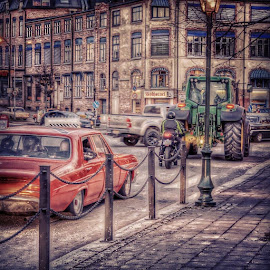 #haldencity#visithalden#streetmix#amcar#norway#harrytraktorråner#vår#spring by Brynhilde Bålerud - City,  Street & Park  Street Scenes