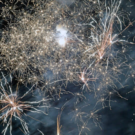 Starburst by Neil Wilson - Abstract Fire & Fireworks