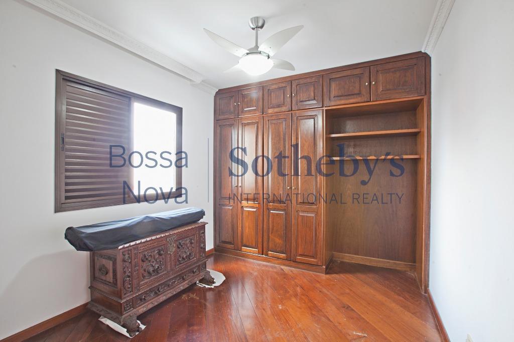 Apartamento em localização privilegiada