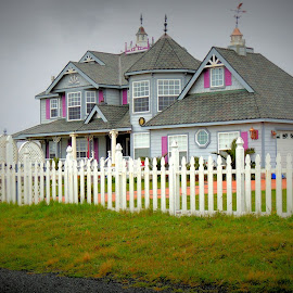 Victorian Home in Fort Bragg by Becky Luschei - Buildings & Architecture Homes ( home, spotted, cliffs, beautiful, noyo bay, victorian, walk, fort bragg ca )