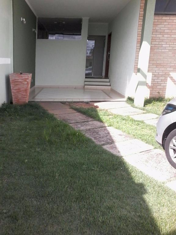 Casa Sobrado Residencial à Venda, Jardim das Torres, São Carlos - CA0273.