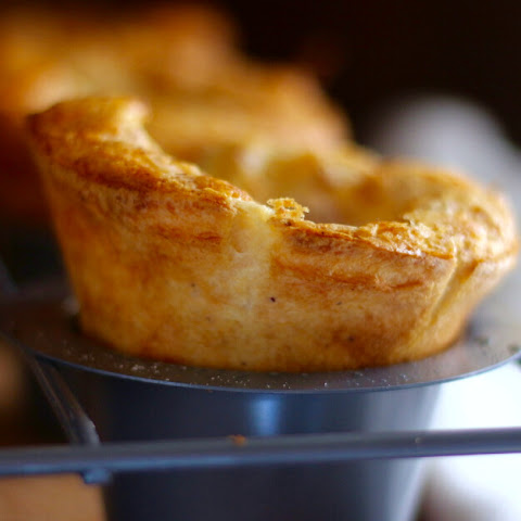 Easy Cornmeal Popovers