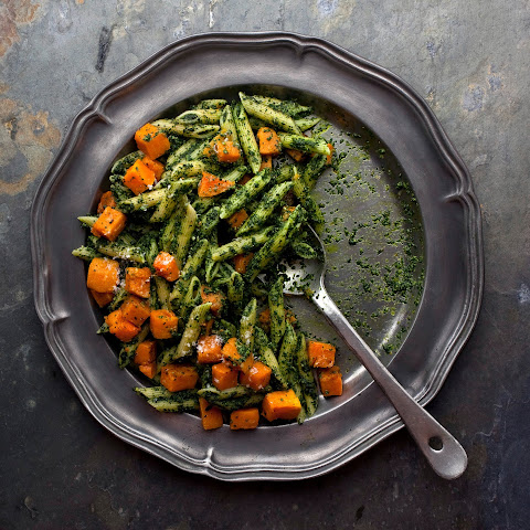 Pasta With Kale Pesto and Roasted Butternut Squash