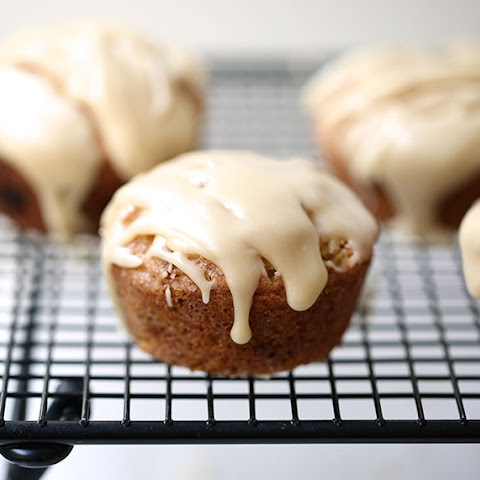Maple Glazed Snickerdoodle Muffins