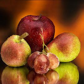 Pears & Apple by Rakesh Syal - Food & Drink Fruits & Vegetables (  )