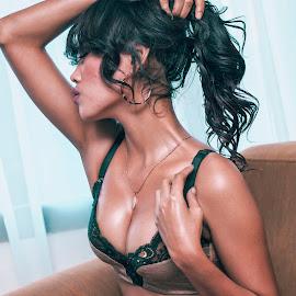 Deby by Winjonk Photowork - Nudes & Boudoir Boudoir ( #women #model #girl )