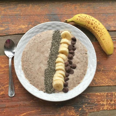 Chocolate Covered Banana Oatmeal Smoothie Bowl