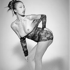 Zoe by Adriano Ferdinandi - Nudes & Boudoir Artistic Nude