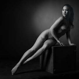 asian beauty by Reto Heiz - Nudes & Boudoir Artistic Nude ( studio, nude, black and white, nudephotography, nudeart, sensual )