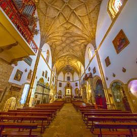 iglesia de San Martín, trujillo by Roberto Gonzalo Romero - Buildings & Architecture Places of Worship